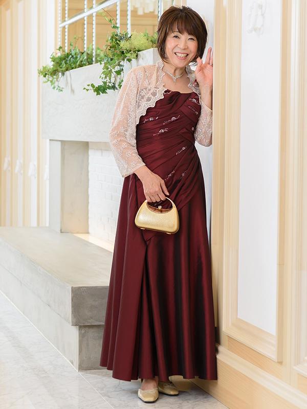 高級感あるタフタのカラードレス