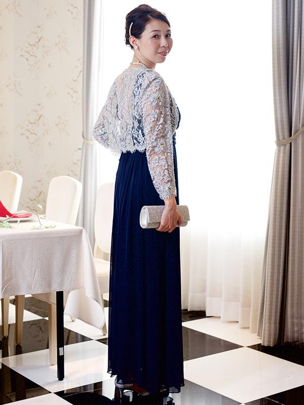 柔らかいシフォンのロングドレス
